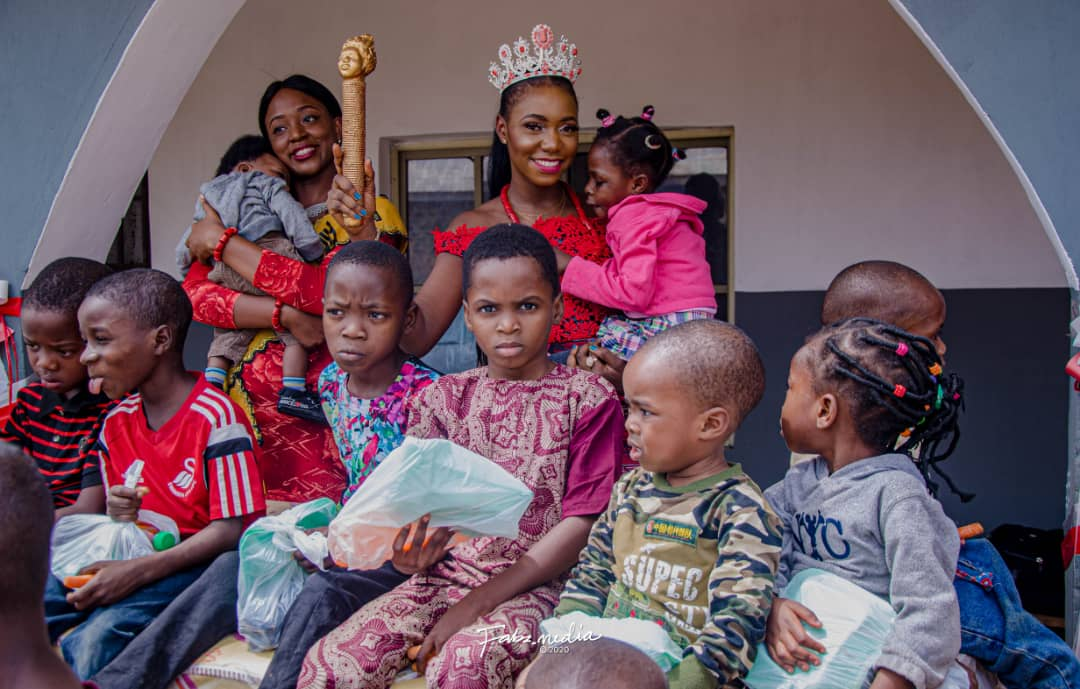 QMA Queen Bukola and Friends visited the seed of Abraham Orphanage for Valentine's Day