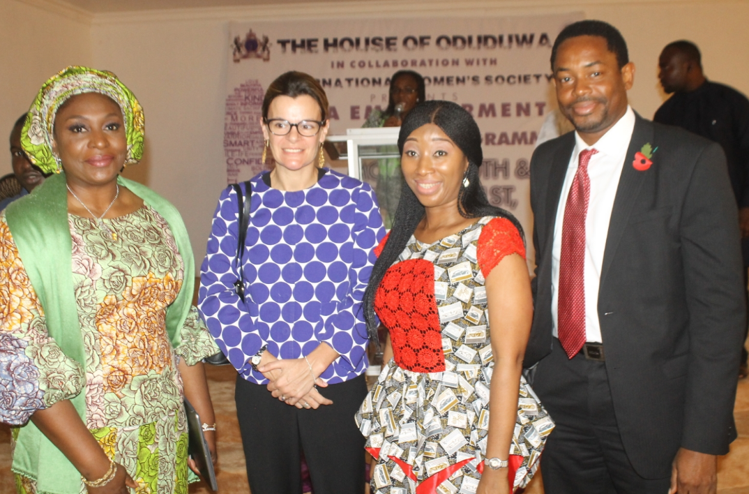 DEPUTY BRITISH HIGH COMMISSIONER LAURIE BEAFILS MENTORS QMA PARTICIPANTS