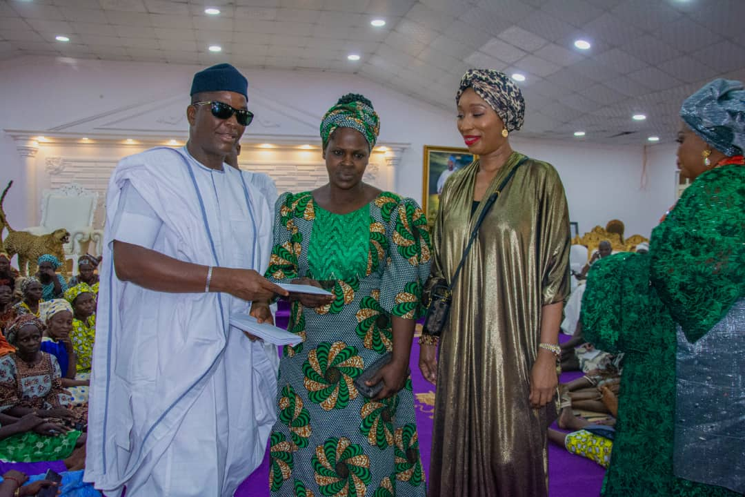 Olufunso Amosun Cash Grant Unveiled as Ooni Marks Five Years on Throne